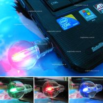 Brindes pen drives lâmpada LED personalizados.